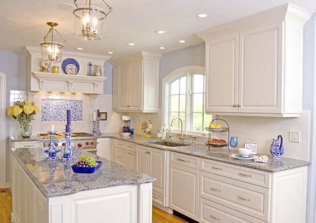 All white kitchen, from the classics to the modern