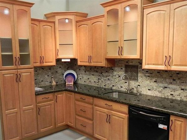 Practical maple kitchen cabinets