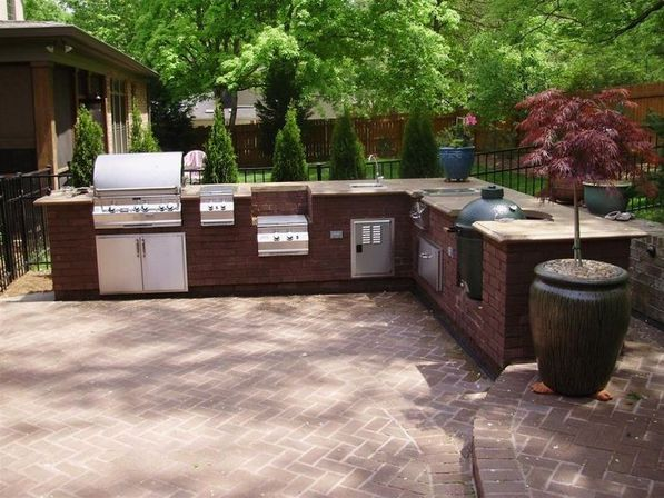 Materials for outdoor kitchen designs