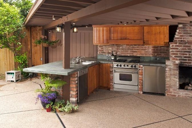 3 ways to use backyard kitchen designs