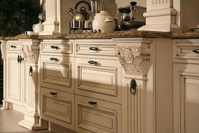 How use distressed kitchen cabinets