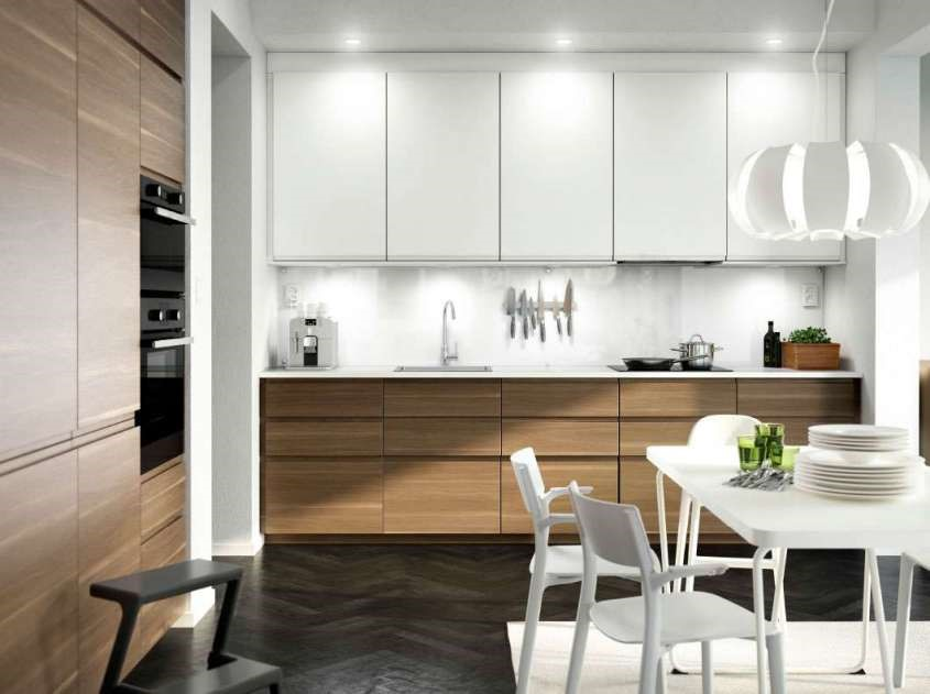 Those who prefer modern style can choose the linear kitchen with Voxtorp doors