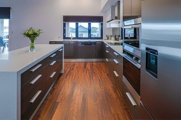 Upper kitchen cabinets considerations | Kitchens designs ideas