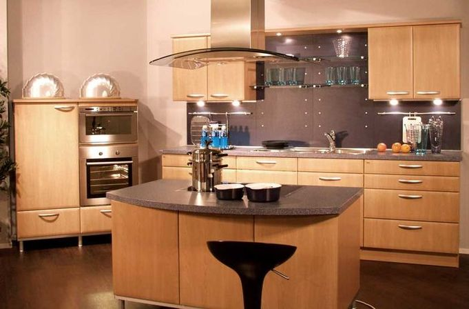 European kitchen design ideas how to make kitchens for Kitchen ideas european