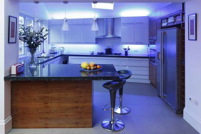 Led kitchen lighting: how to organize additional lighting