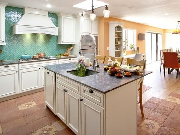 Country style kitchen island 5 ways to use kitchens for Country kitchen island designs