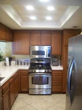 fluorescent kitchen light fixtures: types and characteristics of
