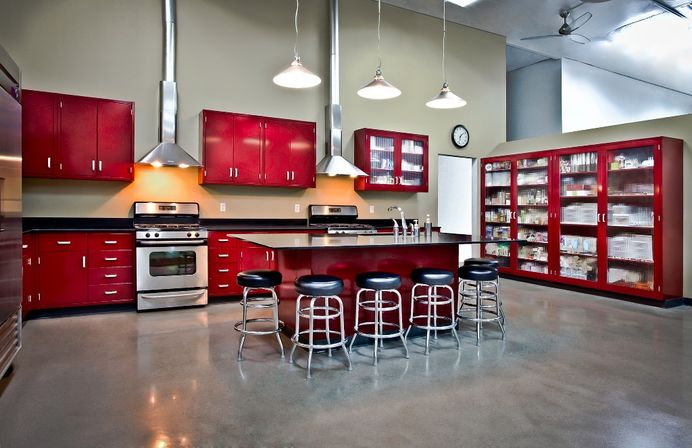Vintage metal kitchen cabinets kitchens designs ideas for Steel kitchen cabinets