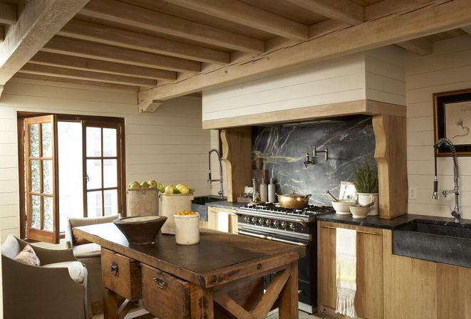 How To Create A Cozy Old Country Kitchen