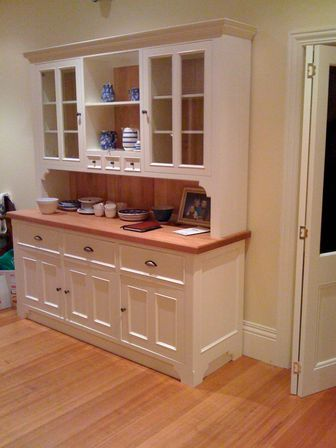 Marvelous What Are The Advantages Of The Kitchen Cabinet Hutch