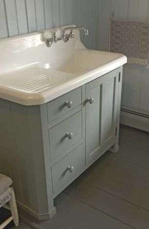 sinks due to its antiseptic and clinical features  on the other hand this hygienic and practical material is far from looking cozy natural and warm  antique kitchen sinks  warmth of natural materials   kitchens      rh   beautikitchens com