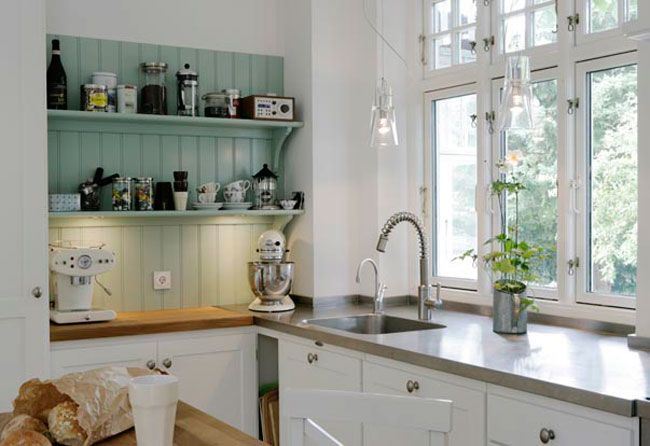 How to decorate too right small country kitchen designs inexpensively,  with their own hands? Of course, a variety of arches and columns, which  also change ...