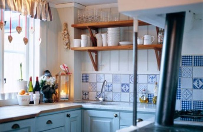 Textiles As Decoration Small Country Kitchen Ideas